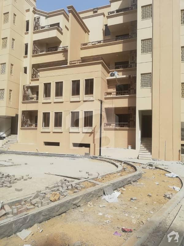 جناح ایونیو کراچی میں 3 کمروں کا 5 مرلہ فلیٹ 1.2 کروڑ میں برائے فروخت۔