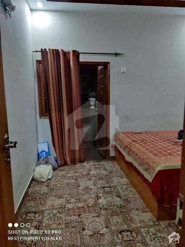 پی آئی بی کالونی کراچی میں 2 کمروں کا 4 مرلہ فلیٹ 1.1 کروڑ میں برائے فروخت۔
