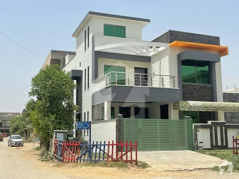 1800  Square Feet House In Only Rs 32,500,000