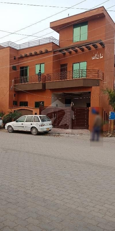 لاہور گارڈن ہاؤسنگ سکیم لاہور میں 4 کمروں کا 5 مرلہ مکان 35 ہزار میں کرایہ پر دستیاب ہے۔