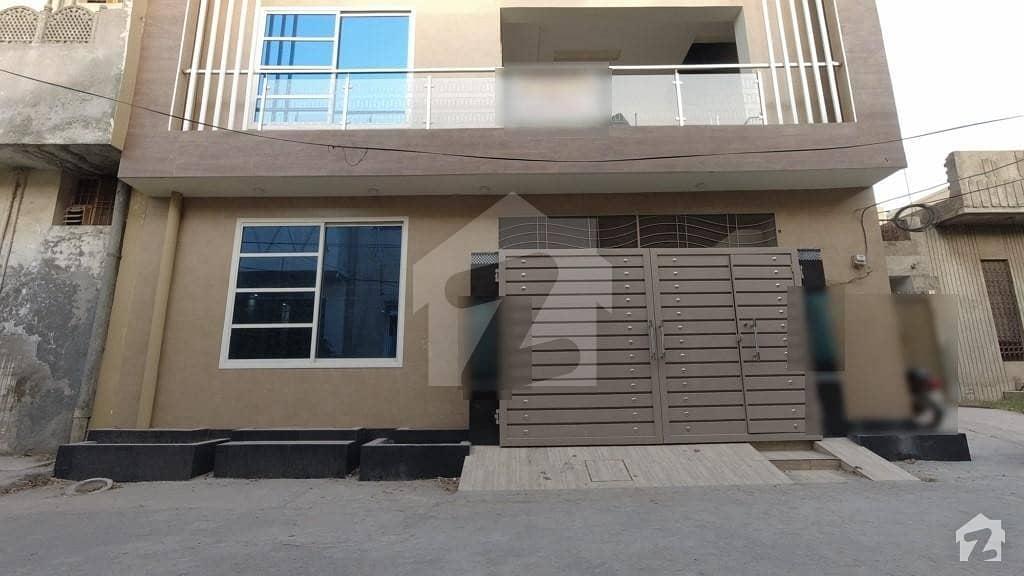 علامہ اقبال ٹاؤن ۔ کشمیر بلاک علامہ اقبال ٹاؤن لاہور میں 3 کمروں کا 7 مرلہ مکان 2.25 کروڑ میں برائے فروخت۔