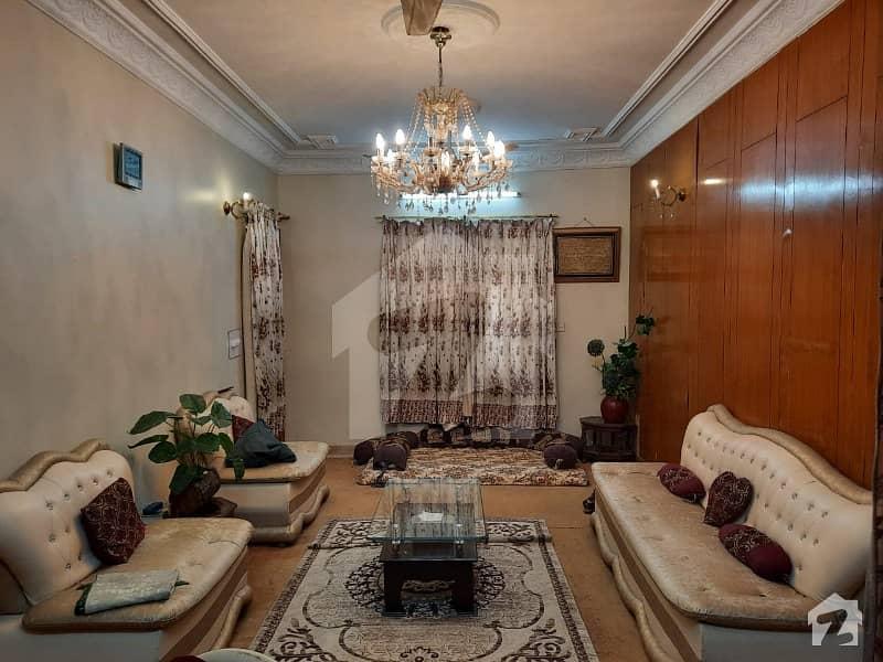 گلشنِ اقبال - بلاک 3 گلشنِ اقبال گلشنِ اقبال ٹاؤن کراچی میں 6 کمروں کا 10 مرلہ مکان 5.1 کروڑ میں برائے فروخت۔