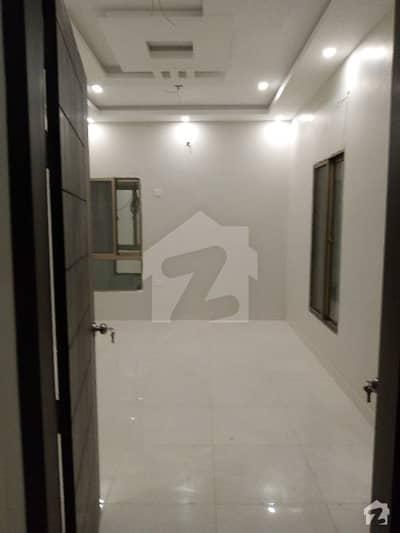 گلشن-اے-کنیز فاطمہ - بلاک 2 گلشنِ کنیز فاطمہ سکیم 33 کراچی میں 8 مرلہ فلیٹ 1.4 کروڑ میں برائے فروخت۔