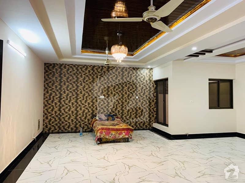 ای ۔ 11 اسلام آباد میں 6 کمروں کا 15 مرلہ مکان 6.9 کروڑ میں برائے فروخت۔