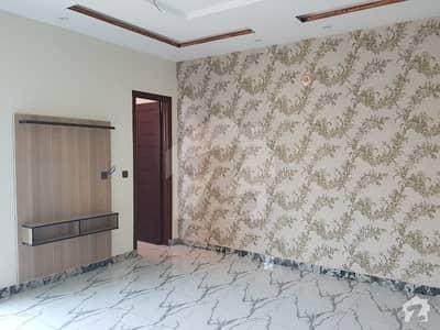 نشیمنِ اقبال فیز 2 نشیمنِ اقبال لاہور میں 6 کمروں کا 1 کنال مکان 3.1 کروڑ میں برائے فروخت۔
