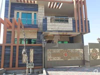 2100 Square Feet House Is Available For Sale In D-17