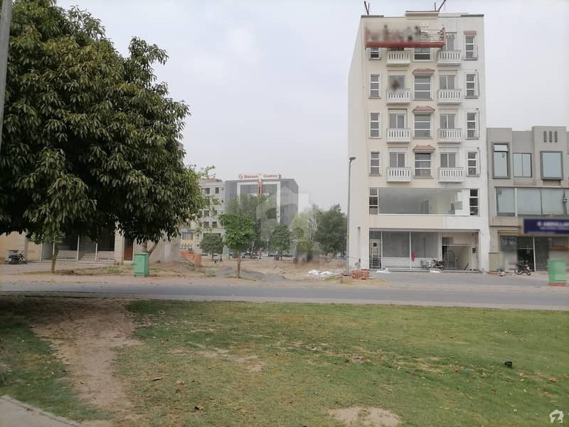 بحریہ ٹاؤن سیکٹر سی بحریہ ٹاؤن لاہور میں 1 کمرے کا 2 مرلہ فلیٹ 32.99 لاکھ میں برائے فروخت۔