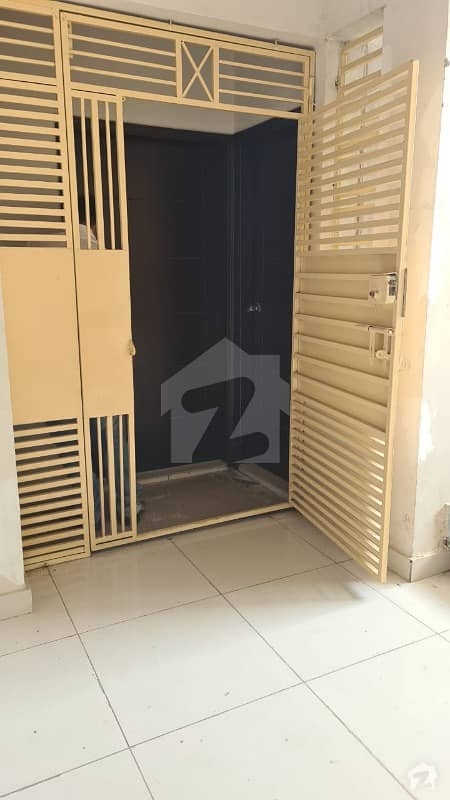 Defence Regency 7 Bedrooms Flat Available For Sale