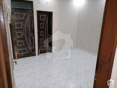 نارتھ کراچی ۔ سیکٹر 11اے نارتھ کراچی کراچی میں 3 کمروں کا 10 مرلہ زیریں پورشن 1.35 کروڑ میں برائے فروخت۔