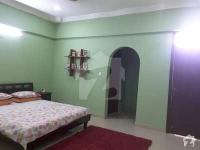 نشاط کمرشل ایریا ڈی ایچ اے فیز 6 ڈی ایچ اے کراچی میں 3 کمروں کا 9 مرلہ فلیٹ 2.5 کروڑ میں برائے فروخت۔