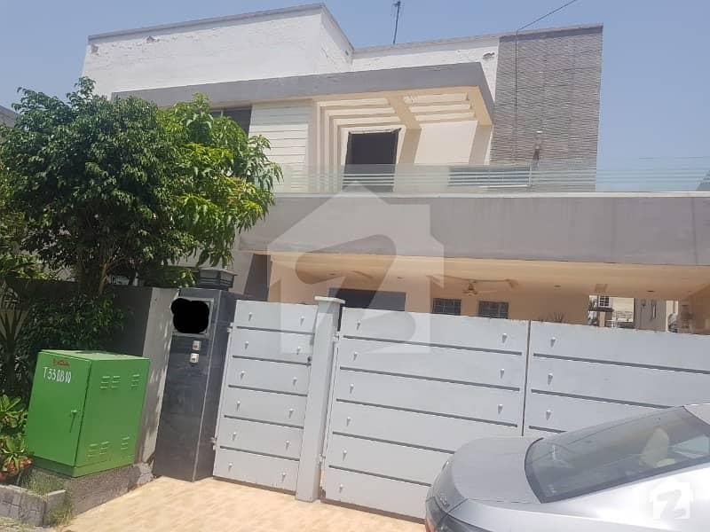 بحریہ ٹاؤن گلبہار بلاک بحریہ ٹاؤن سیکٹر سی بحریہ ٹاؤن لاہور میں 3 کمروں کا 11 مرلہ بالائی پورشن 38 ہزار میں کرایہ پر دستیاب ہے۔