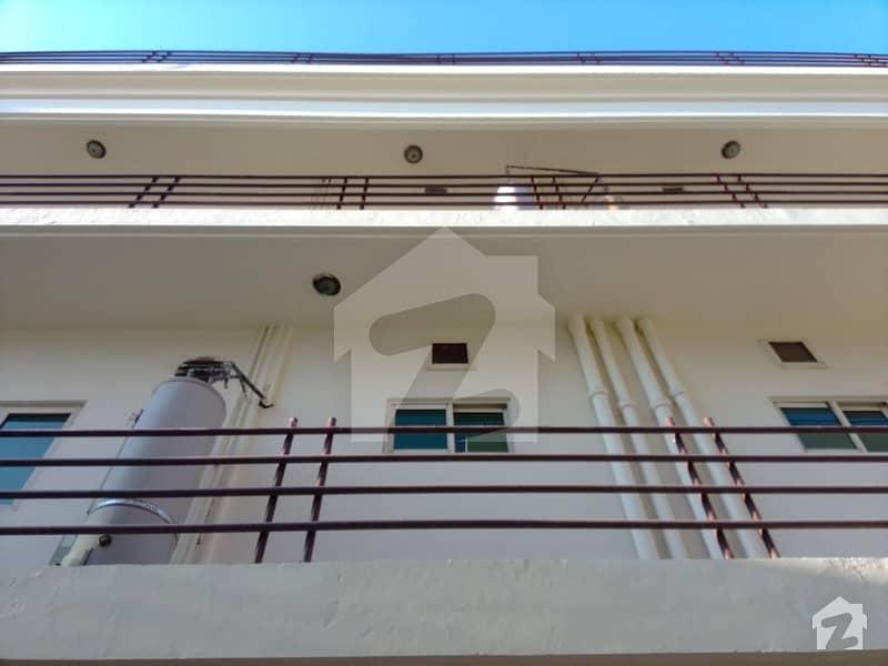 ایف ۔ 11 اسلام آباد میں 7 کمروں کا 2 کنال مکان 14 کروڑ میں برائے فروخت۔