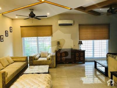 ڈی ایچ اے فیز 3 - بلاک زیڈ فیز 3 ڈیفنس (ڈی ایچ اے) لاہور میں 4 کمروں کا 10 مرلہ مکان 3.5 کروڑ میں برائے فروخت۔