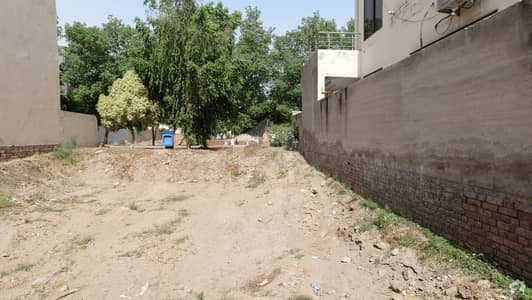 10 Marla Residential Plot For Sale In Bahria Town