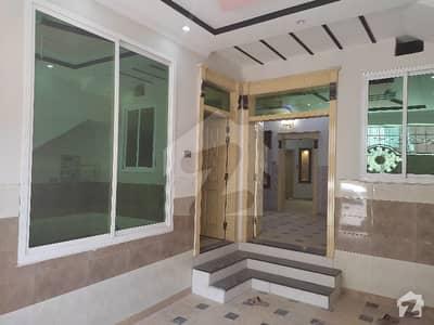 حیات آباد فیز 1 - ڈی4 حیات آباد فیز 1 حیات آباد پشاور میں 6 کمروں کا 5 مرلہ مکان 2.25 کروڑ میں برائے فروخت۔