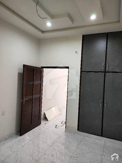 حسن ولاز فیصل آباد میں 3 کمروں کا 3 مرلہ مکان 58 لاکھ میں برائے فروخت۔