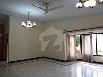 1200 Square Yard Double Storey House Available For Rent G_6