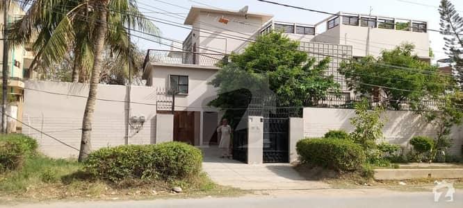 طارق روڈ کراچی میں 7 کمروں کا 4 مرلہ مکان 6 لاکھ میں کرایہ پر دستیاب ہے۔