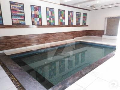 ڈی ایچ اے فیز 8 ڈی ایچ اے کراچی میں 6 کمروں کا 1 کنال مکان 14.75 کروڑ میں برائے فروخت۔