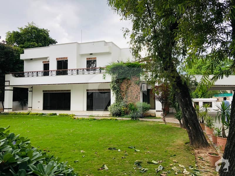 Fully Renovated 6 Beds Huge House For Rent In F6