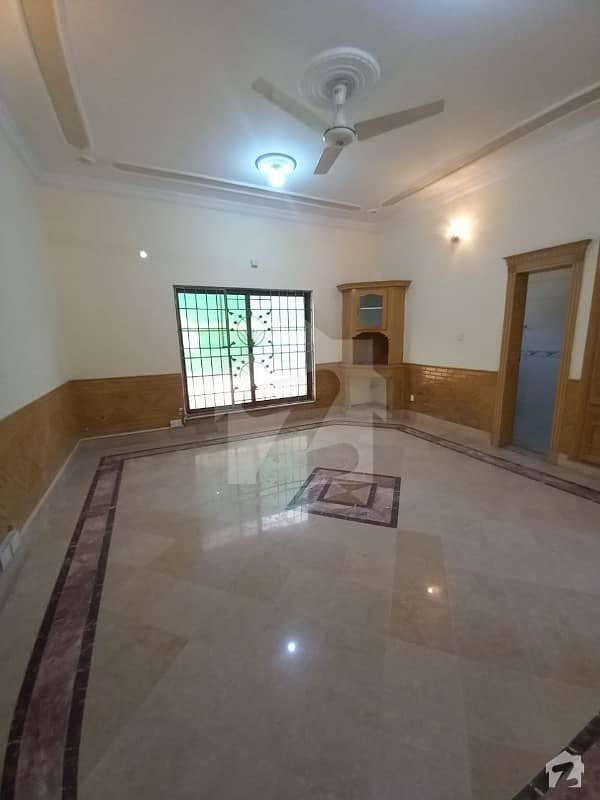 House for rent in F-6/1