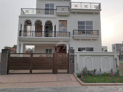 10 Marla House available for sale in Citi Housing Society if you hurry