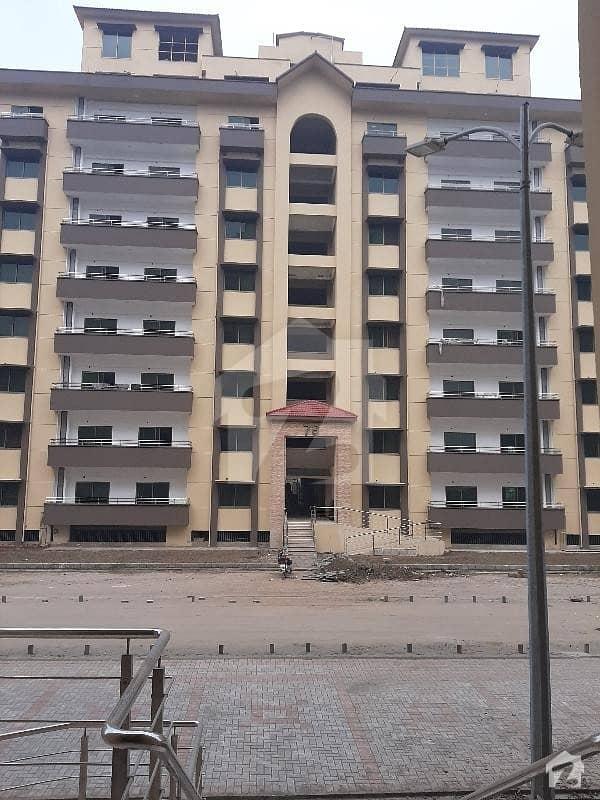 عسکری 11 عسکری لاہور میں 3 کمروں کا 10 مرلہ فلیٹ 1.65 کروڑ میں برائے فروخت۔