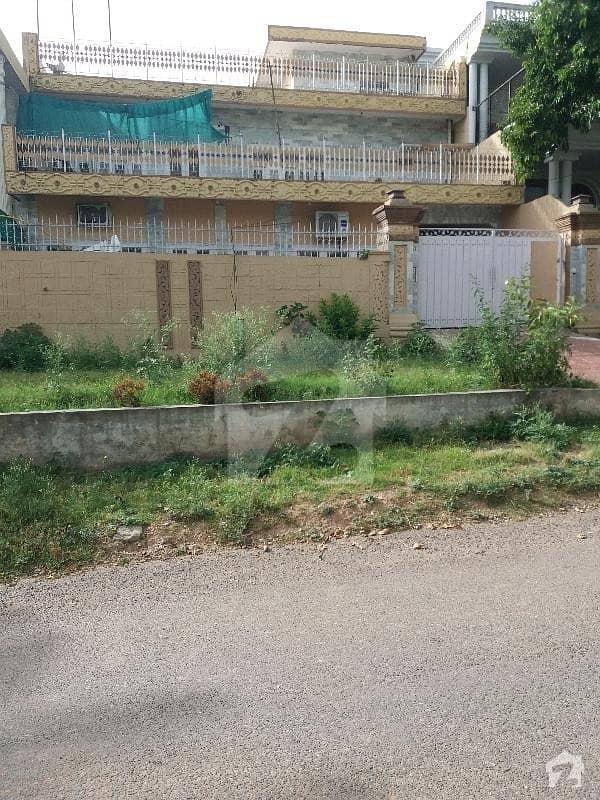 جی ۔ 9/3 جی ۔ 9 اسلام آباد میں 6 کمروں کا 14 مرلہ مکان 5.75 کروڑ میں برائے فروخت۔