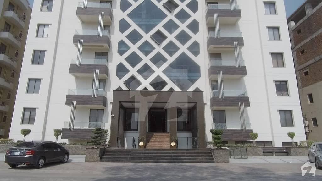 ائیرایوینولگثری اپارٹمنٹس ڈی ایچ اے فیز 8 ڈیفنس (ڈی ایچ اے) لاہور میں 3 کمروں کا 9 مرلہ فلیٹ 3.05 کروڑ میں برائے فروخت۔