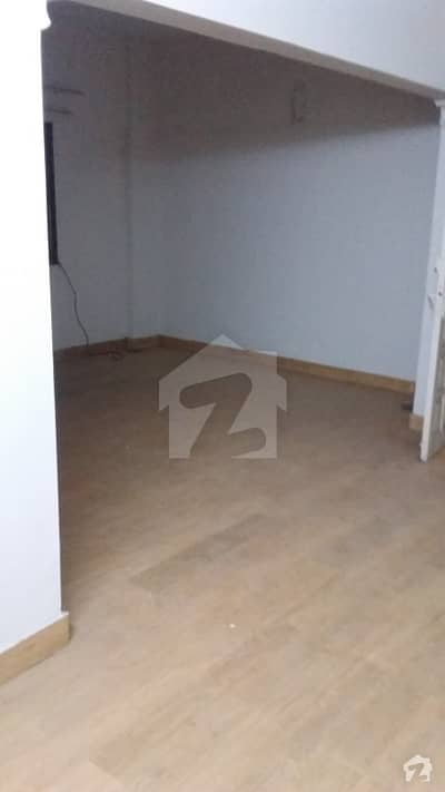 3rd Floor 3 Beds Drawing Dining Flat
