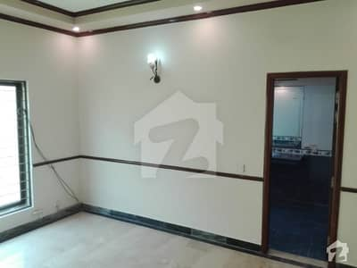 One kanal old House for Rent