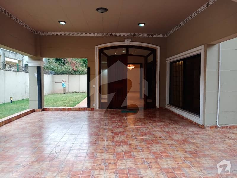4 Beds Plus Study Room House Available For Rent In F-8 , Islamabad