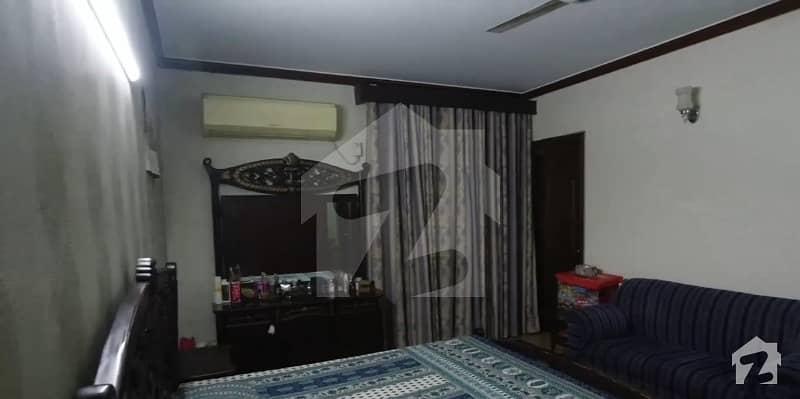 Perfect 10  Marla House In Allama Iqbal Town  Kamran Block Allama Iqbal Town For Sale
