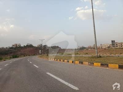آغوش فیز 2 آغوش اسلام آباد میں 1 کنال رہائشی پلاٹ 1.06 کروڑ میں برائے فروخت۔