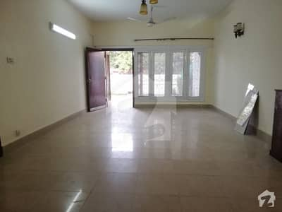 4 Beds and study room full house  available for rent in G-6 , Islamabad.