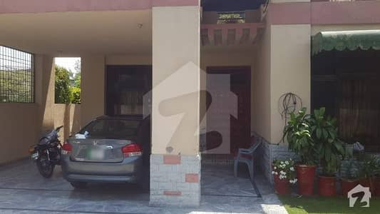 1 Kanal Corner House Available For Sale In Punjab Govt. Employees Society Phase 1