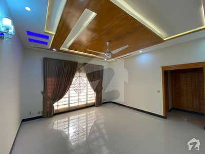 Brand New 1 Kanal Beautiful House Available For Rent Outclass And Solid Construction Reasonable Demand