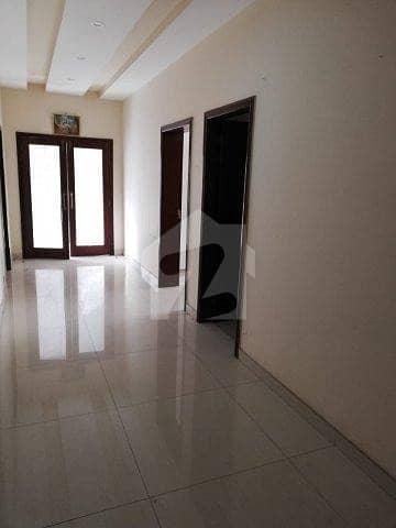 ڈی ایچ اے فیز 7 ڈیفنس (ڈی ایچ اے) لاہور میں 3 کمروں کا 1 کنال بالائی پورشن 42 ہزار میں کرایہ پر دستیاب ہے۔
