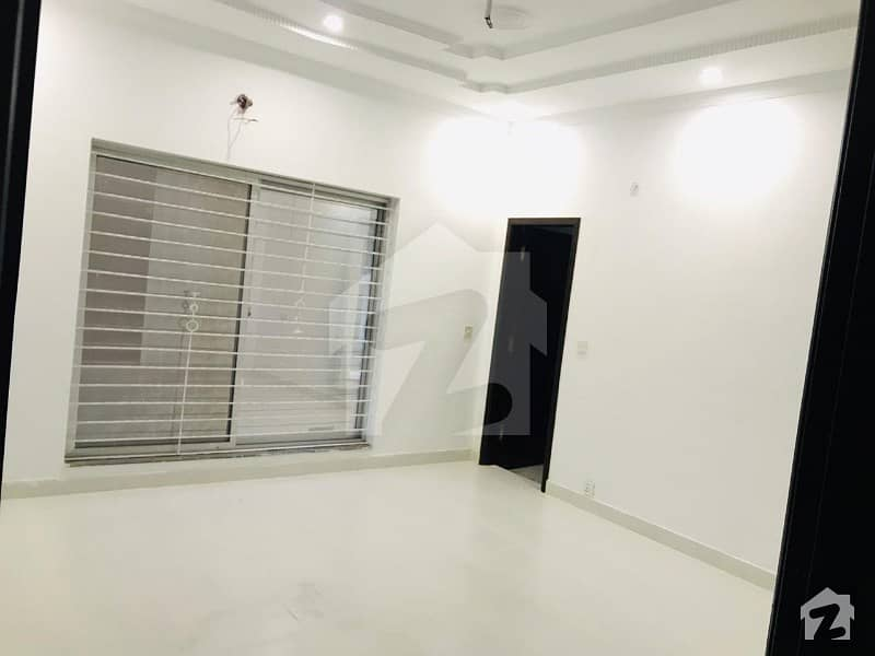 بحریہ ٹاؤن سیکٹر سی بحریہ ٹاؤن لاہور میں 3 کمروں کا 10 مرلہ بالائی پورشن 36 ہزار میں کرایہ پر دستیاب ہے۔