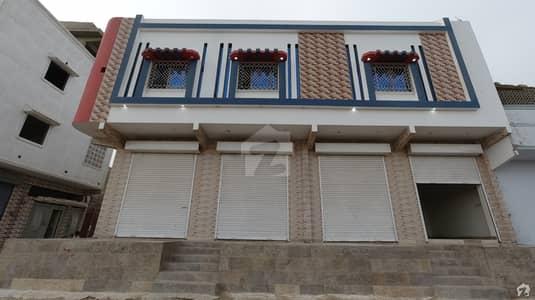شاہ لطیف ٹاؤن بِن قاسم ٹاؤن کراچی میں 6 کمروں کا 5 مرلہ مکان 1.3 کروڑ میں برائے فروخت۔
