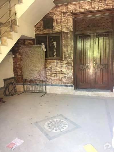 لالہ زار گارڈن لاہور میں 4 کمروں کا 5 مرلہ مکان 1.08 کروڑ میں برائے فروخت۔