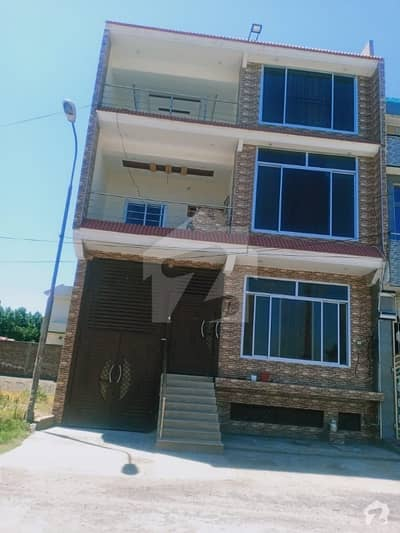 1125  Square Feet House Up For Sale In Al Fareed Garden
