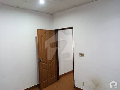 400 Sq Feet 1st Floor Flat Available For Sale