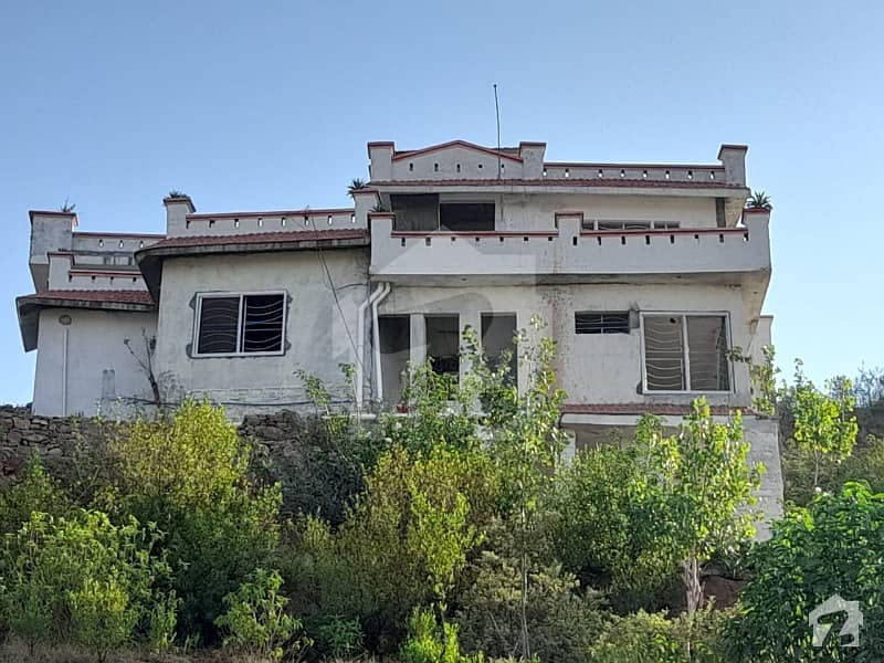 House Of 9000  Square Feet In Chattar Is Available