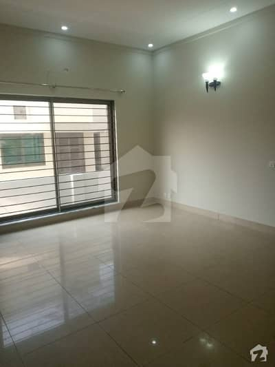 Double storey Used Kanal House For Sale In Dha Phase 1