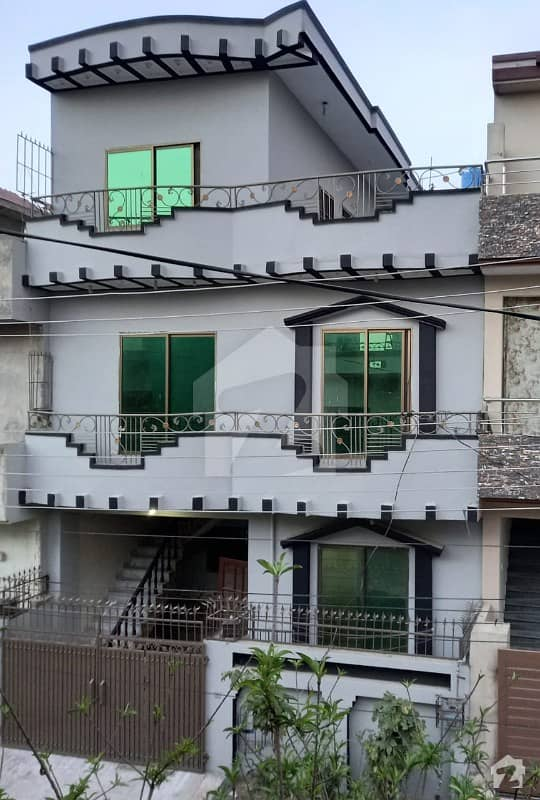 5 Marla 5 Bed Double Storey House Available In Pwd Near To Highway