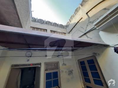 عبداللہ پور فیصل آباد میں 5 کمروں کا 9 مرلہ مکان 2 کروڑ میں برائے فروخت۔