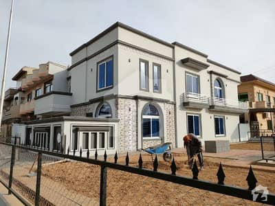 10 Marla Brand New Main Double Road Corner House  For Sale In G. 13 Islamabad 10malra Land K Sat