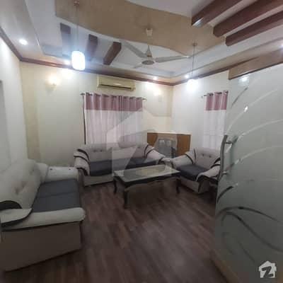 ڈی ایچ اے فیز 2 - بلاک ایس فیز 2 ڈیفنس (ڈی ایچ اے) لاہور میں 5 کمروں کا 1 کنال مکان 1.95 لاکھ میں کرایہ پر دستیاب ہے۔