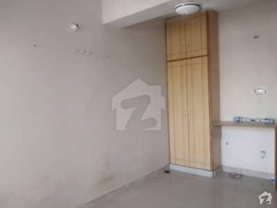 کورنگ ٹاؤن اسلام آباد میں 2 کمروں کا 3 مرلہ فلیٹ 28 لاکھ میں برائے فروخت۔